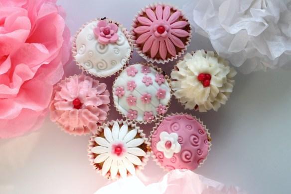cupcakes-fleurs-roses - la fabricamania