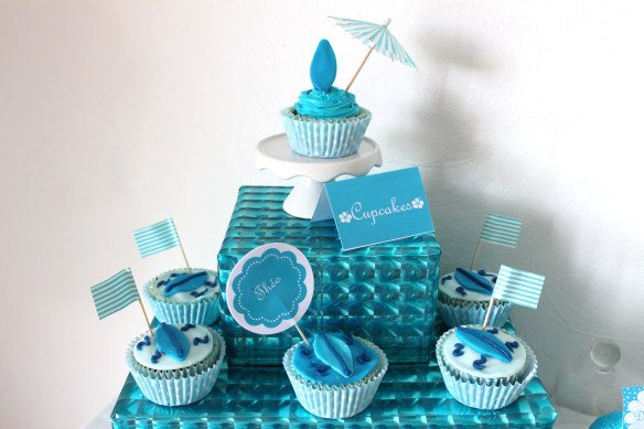 creation-sweet table-bordeaux- la fabricamania-surfeur-bleu