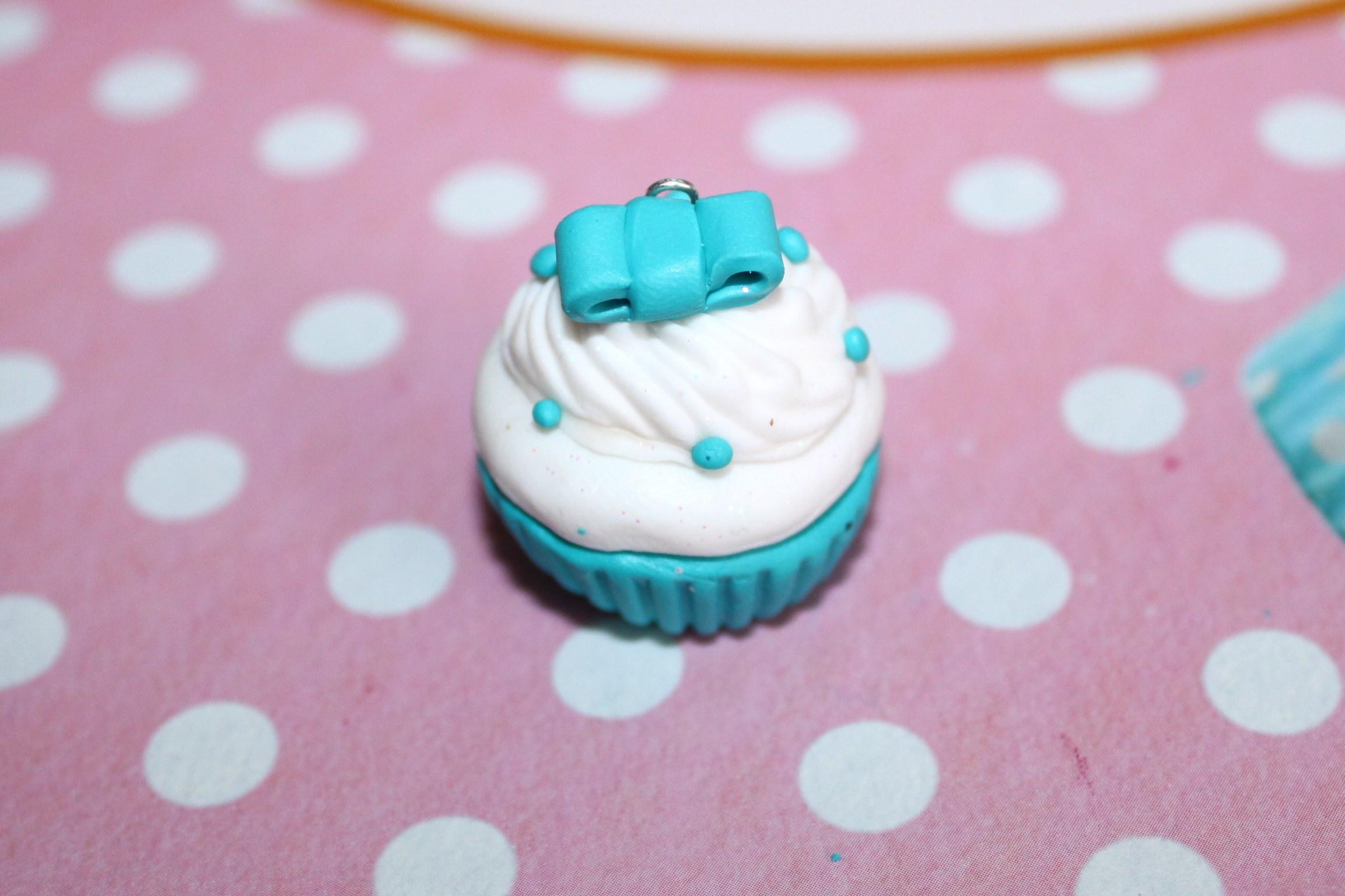 Diy cr er un cupcake en p te fimo la fabricamania - Modele de pate fimo ...
