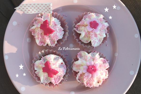 la fabricamania- cours de cupcakes-animation anniversaire-création de tables gourmandes