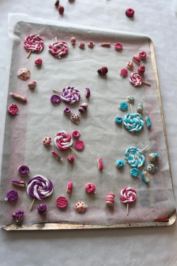 atelier fimo -fete d'anniversaire-ijoux fimo gourmands