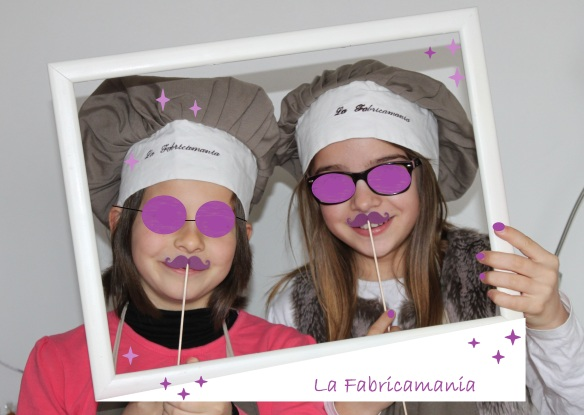 Fabricamania photobooth moustache