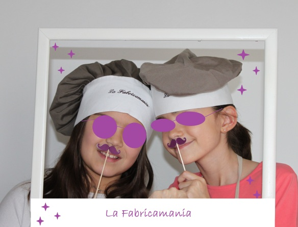 faricamania photobooth moustache