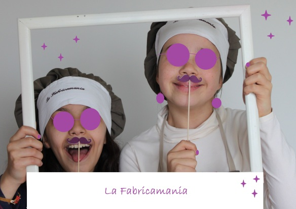 la fabricamania photobooth moustache
