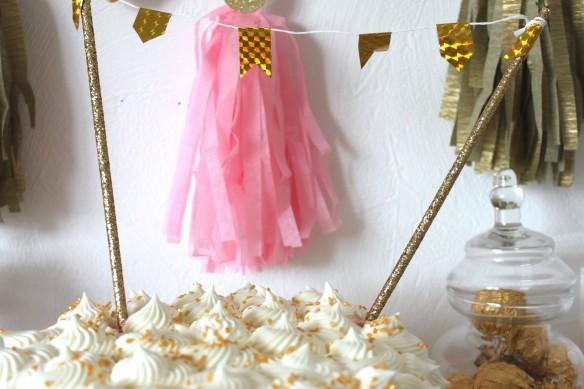 sweet table or et rose fête d'anniversaire