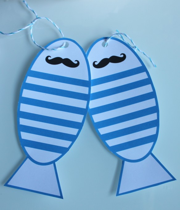 poissons d'avril moustache bouche la fabricamania