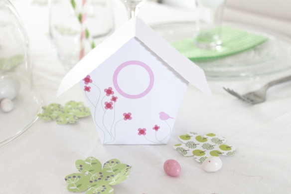 table-paques-lapin-cabane-oiseau-(23)