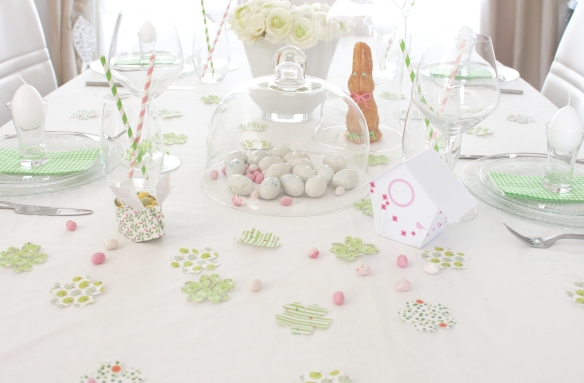 table-paques-lapin-cabane-oiseau-(29)