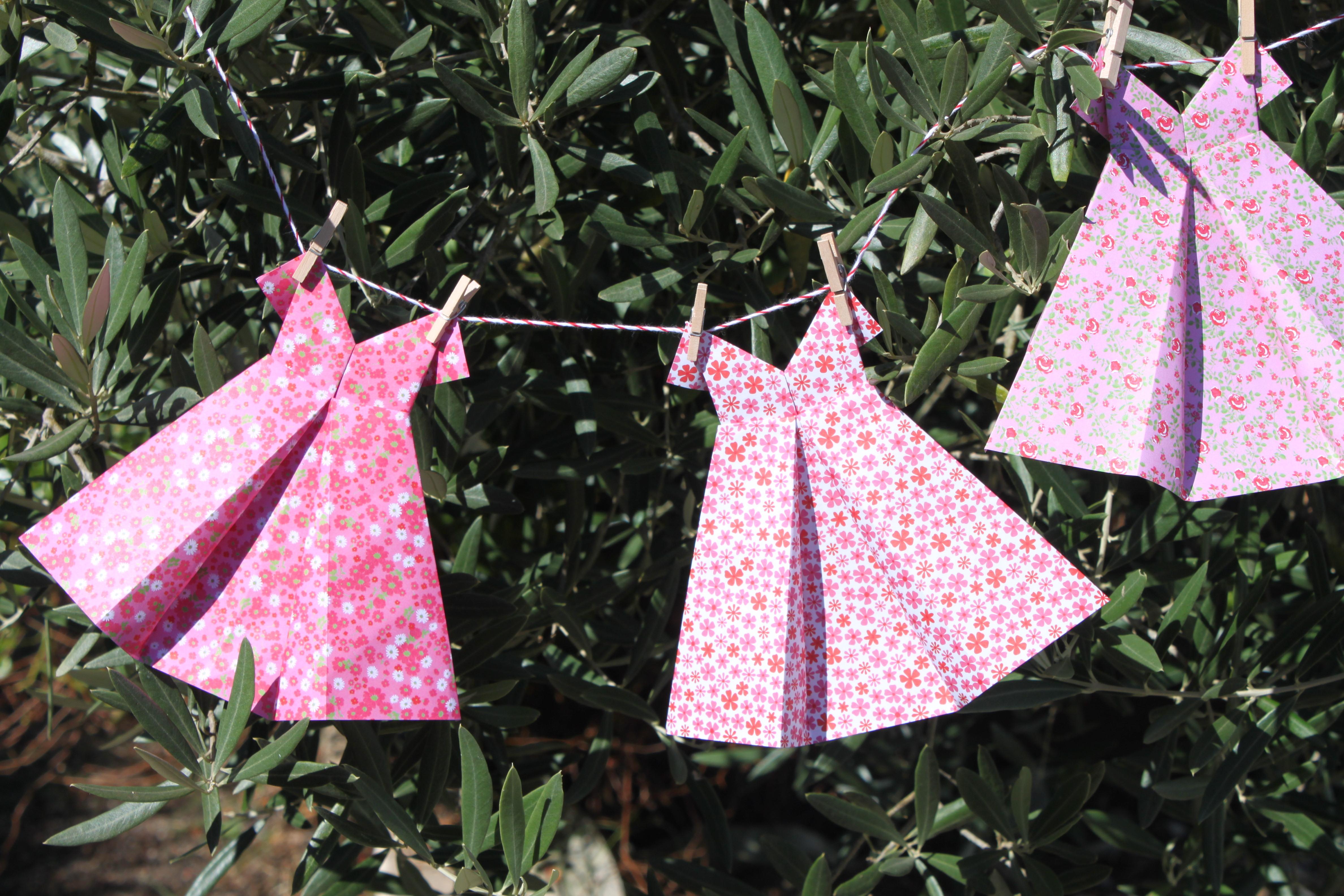 diy origami mes petites robes d t en liberty la fabricamania. Black Bedroom Furniture Sets. Home Design Ideas