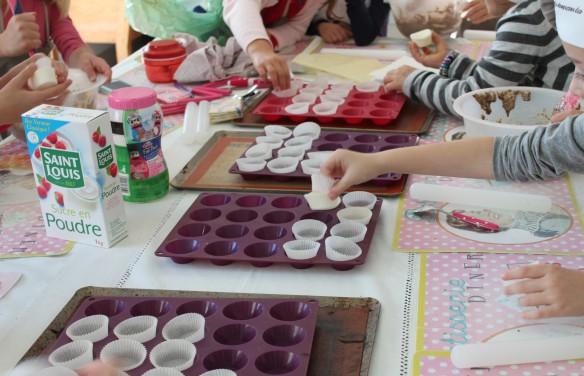 11-14-atelier-cupcakes-reine des neiges- (22)