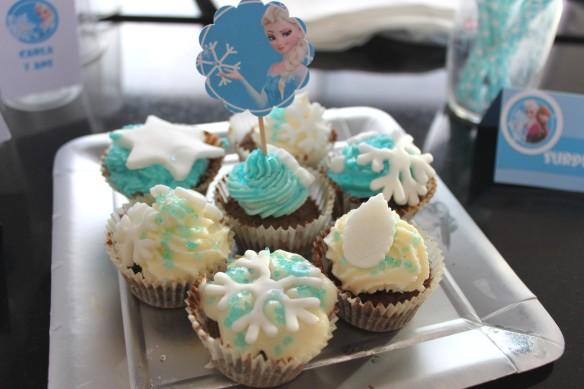 11-14-atelier-cupcakes-reine des neiges- (44)