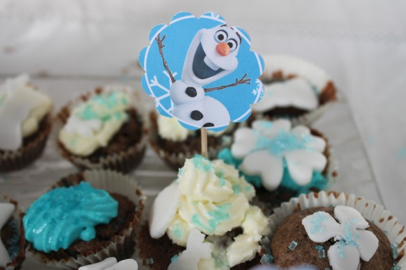 11-14-atelier-cupcakes-reine des neiges- (45)