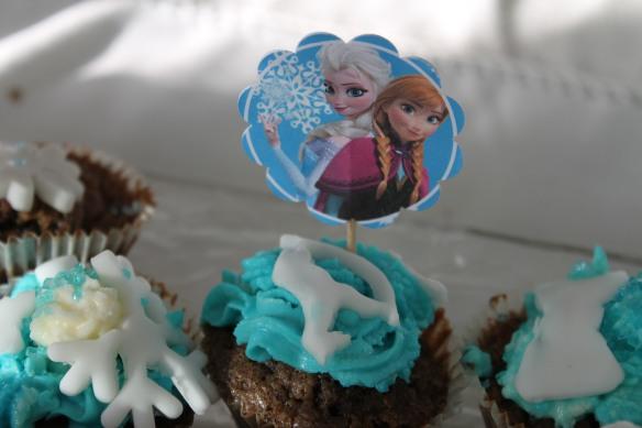 11-14-atelier-cupcakes-reine des neiges- (46)