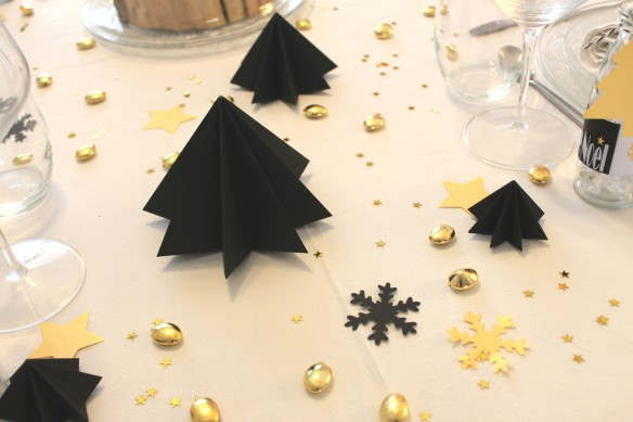 Table de noël - noir-or-Fabricamania (13)