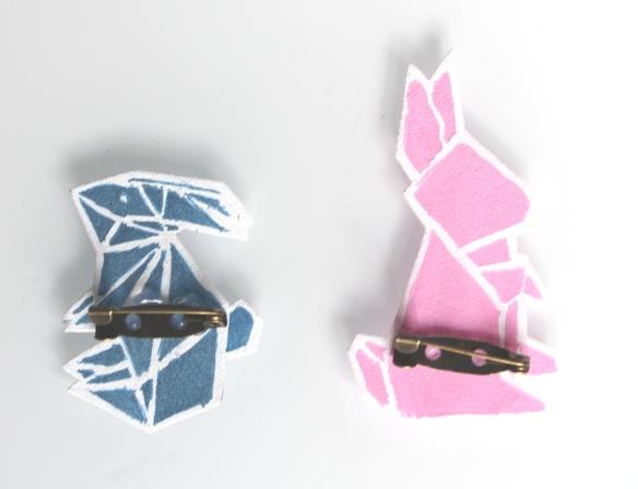 Diy P Ques Une Broche Lapin Origami En Plastique Dingue La Fabricamania