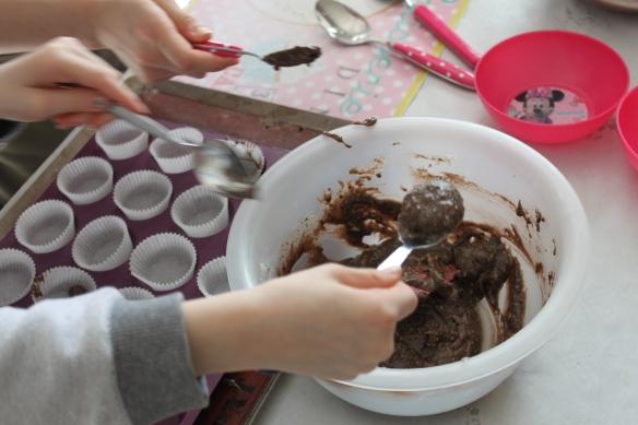 03-15-atelier-cupcake-reine-des-neiges (33)