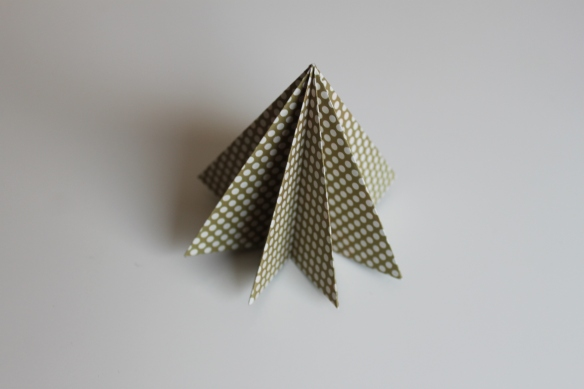 origami-sapin-noel-tuto-diy-fabricamania (13)